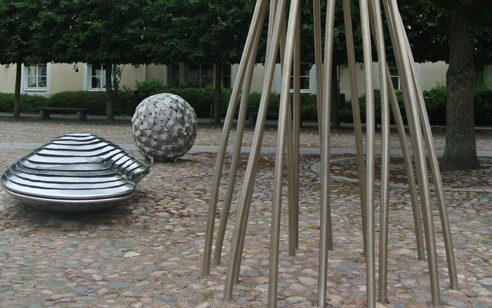 Konstverk i Ängelholm - gör en konstvandring på egen hand